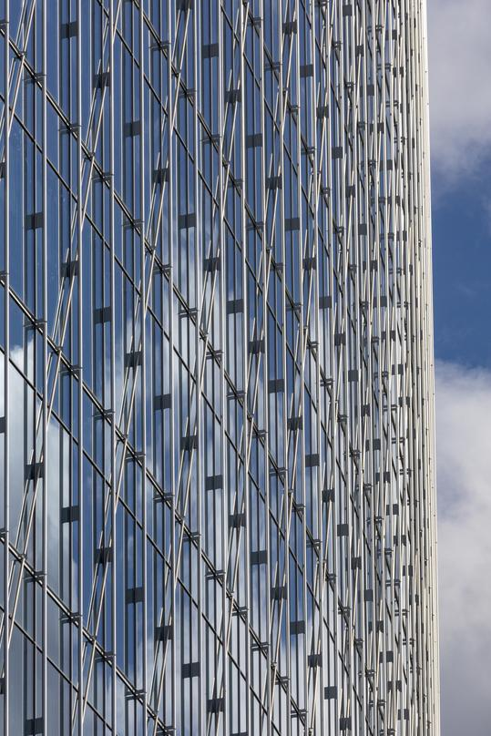 Curtain wall detail at 600 Canal Place in Richmond, Virginia