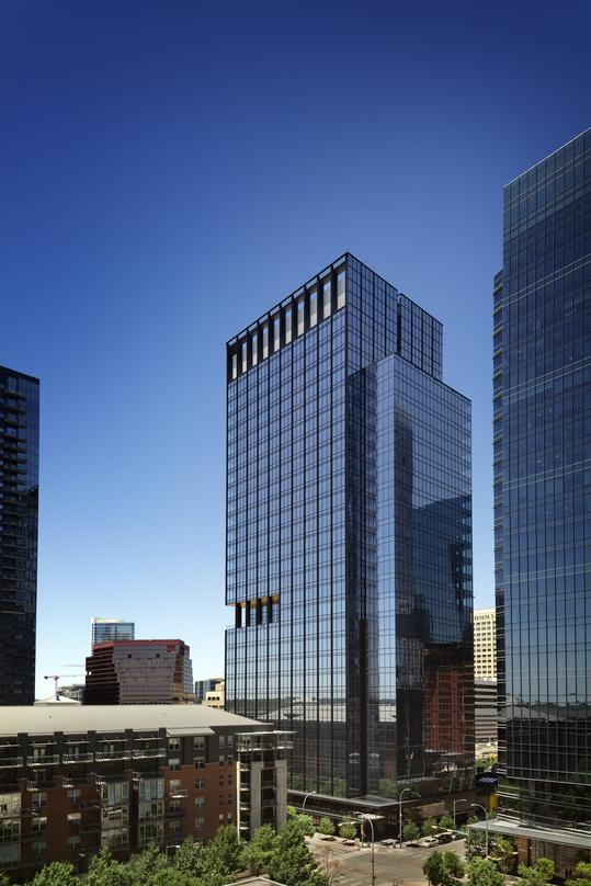 Design proposal for developing premier properties in downtown Austin, 300 Colorado with glass frame walls.