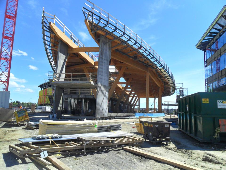The structure of the Commons is composed of glulam columns and beams with a CLT deck. Through an integrated design-assist process, the forms and construction methods were optimized with input from the entire design and construction team, including the heavy timber fabricators and installers.